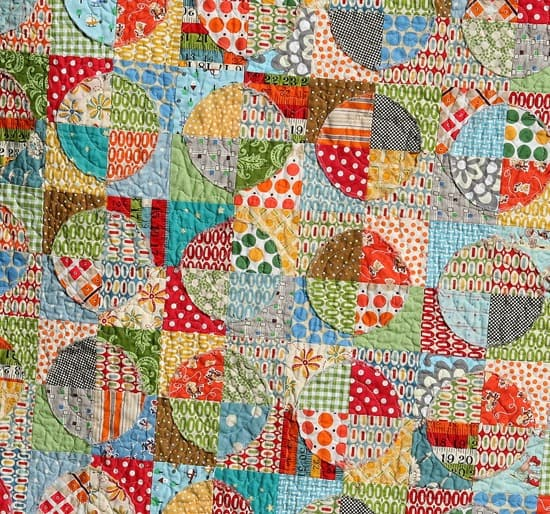 Cluck Cluck Sew-raw edge quilt tutorial