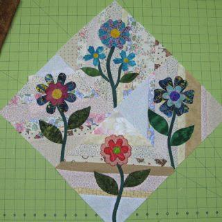 4 string flowers