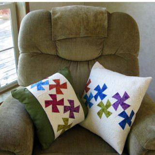 Lil Twister Pillows tutorial