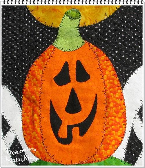 Happy Spooks Halloween Wall Hanging