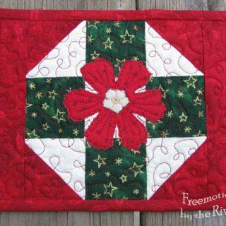 Christmas mug rug tutorial
