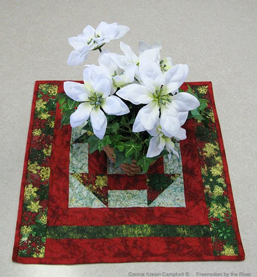 Christmas Dash Table Topper and Placemats Tutorial