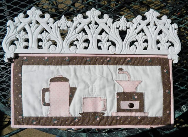 Coffee Small Applique Quilt