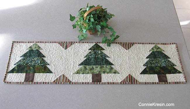 Christmas Tree Table Runner free pattern